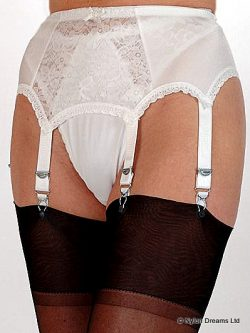 6 Strap Suspender Belt Lace Front Panel